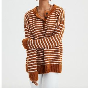 NWOT AEO STRIPED HENLEY PULLOVER SWEATER - XS
